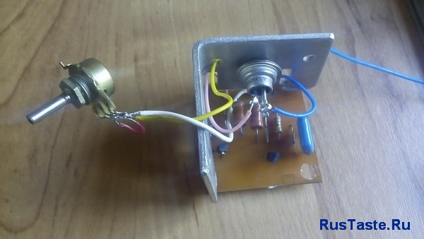 Тиристорное импульсное зарядное устройство 10А