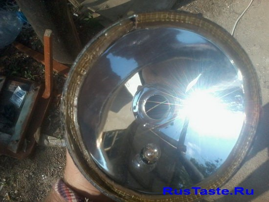 Уплотнительная резинка между стеклом и отражателем