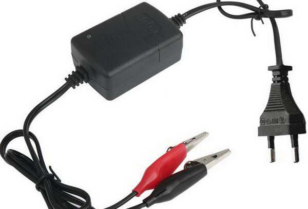 Зарядное устройство 12В 1.3А