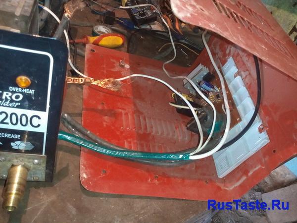 Установка осциллятора под крышку