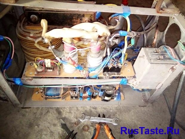 Первый вариант регулятора тока