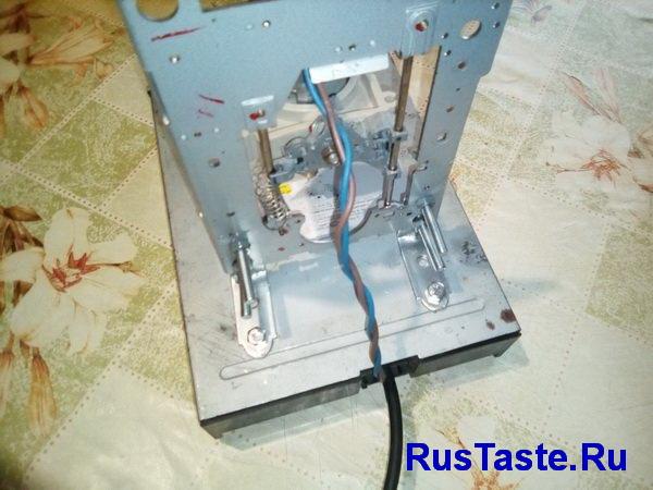 Сверлильный станок из дисковода