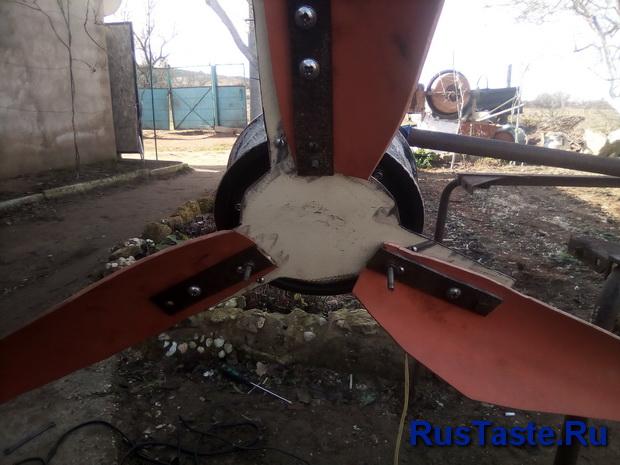 Крепление лопастей и усиление переходника полоской метала 3 мм