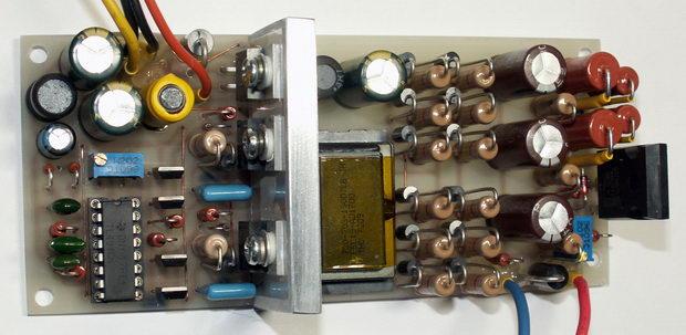 Измеритель напряжения пробоя полупроводников